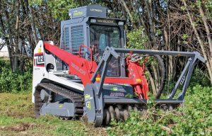 Keep Your Cool: How to Pick an Auxiliary Hydraulic Cooler for Your Track Loader or Skid Steer