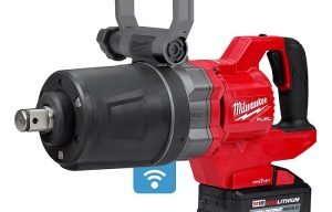 Milwaukee Unveils the World's First Cordless 1-In. D-Handle High Torque Impact Wrench