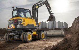 Compact Wheeled Excavators vs. Backhoes: Four Factors to Consider