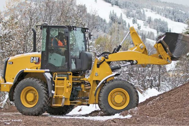 Pile and Dump Work: Pro Insights into Load-and-Carry Applications with a Compact Wheel Loader