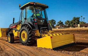 John Deere Announces Industry-First Grade Control-Ready Offering for L-Series Tractor Loaders