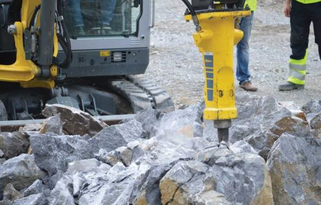 Break It Down: Three Industry Experts Share Breaker Attachment Tips for Mini Exc...