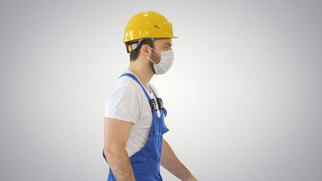 construction worker covid mask safety