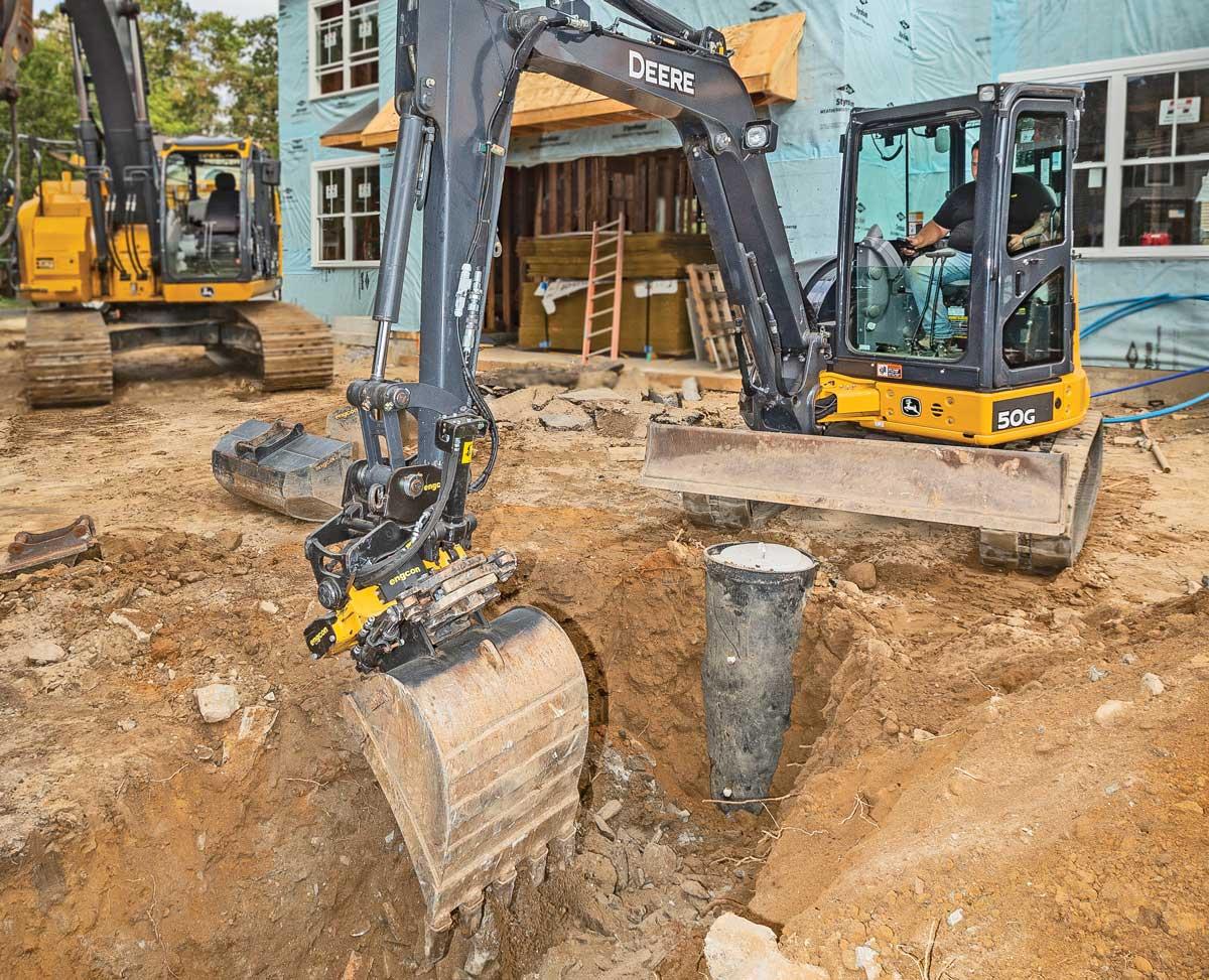 John Deere excavator with Engcon tiltrotator