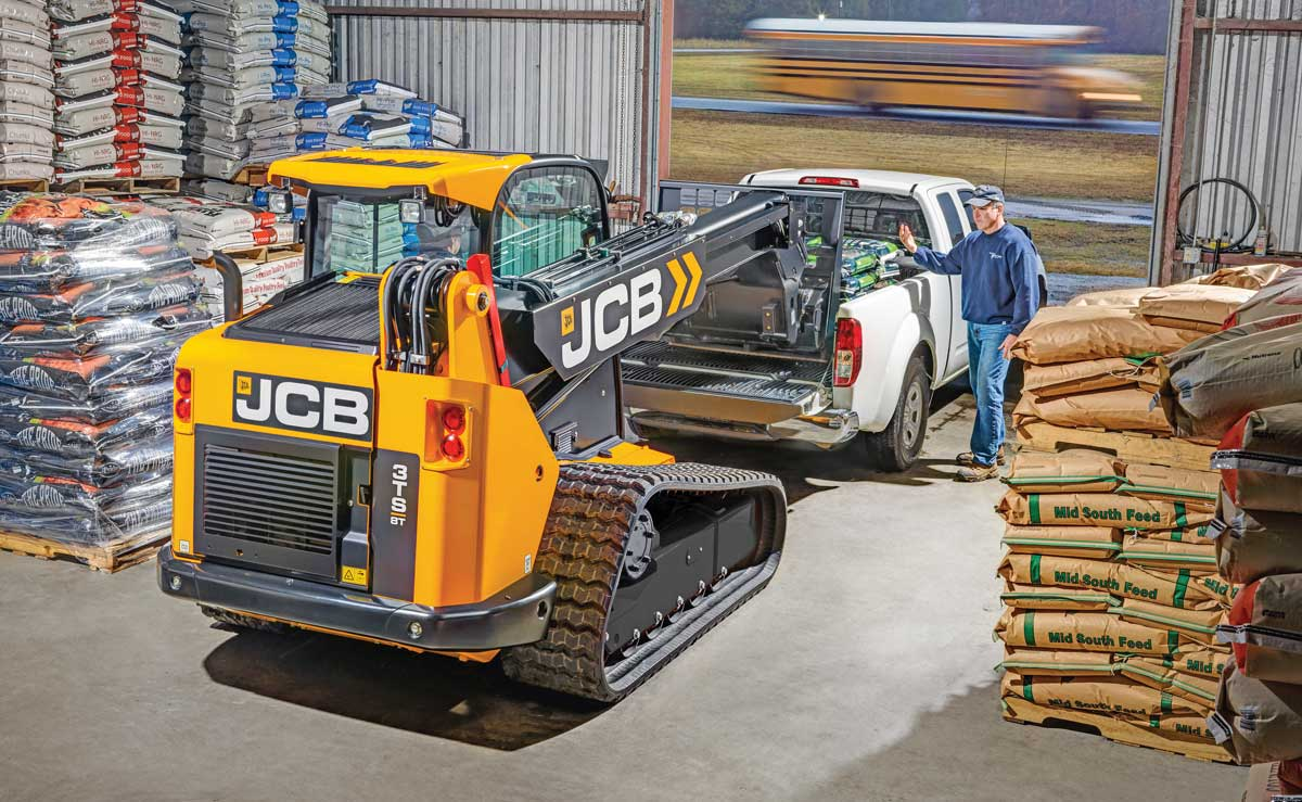 JCB 3TS8T track loader