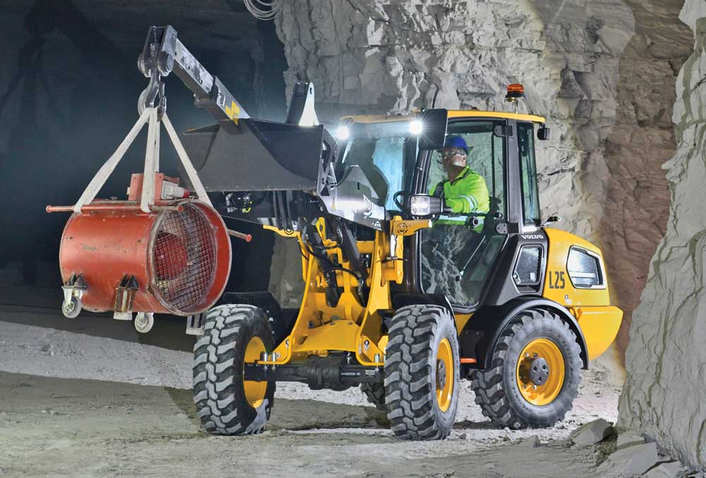 Volvo L25 wheel loader