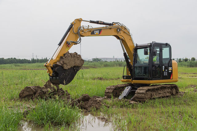 Caterpillar expands its mini hydraulic excavator range with the 307E2