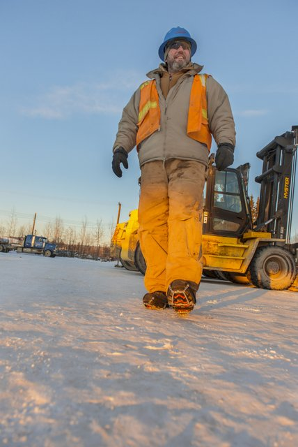 Diamond Grip for boots snow construction worker