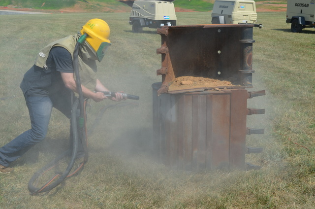 Keith Gribbins sandblasting doosan