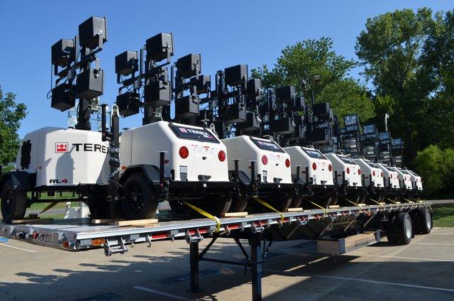 Terex RL-4 light towers on trailer