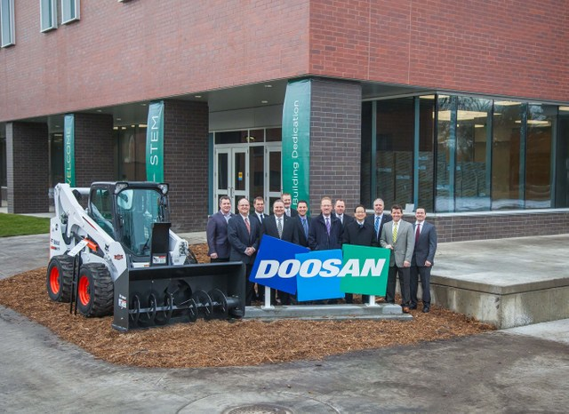 Bobcat and Doosan help NDSU dedicate new STEM Classroom and Lab Building