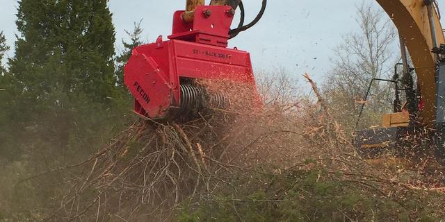 Fecon Inc. DCR Excavator brush cutter