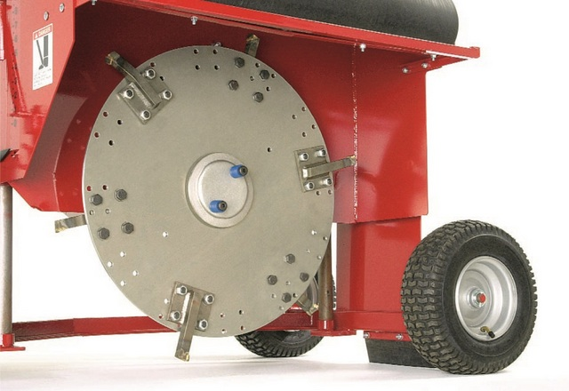 Little Beaver's Kwik-Trench Blades Cut Through Challenging Soils/Maintenance Costs
