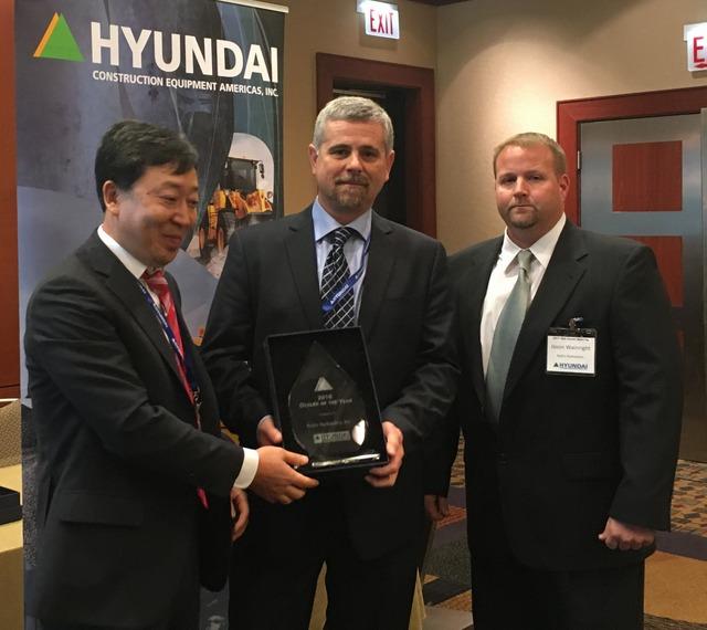 Rob's Hydraulics Hyundai Dealer of the Year 2016 cr