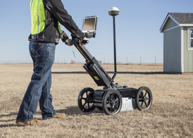 Check Out Subsite Electronics' Cool New 2550GR Utility Locating System