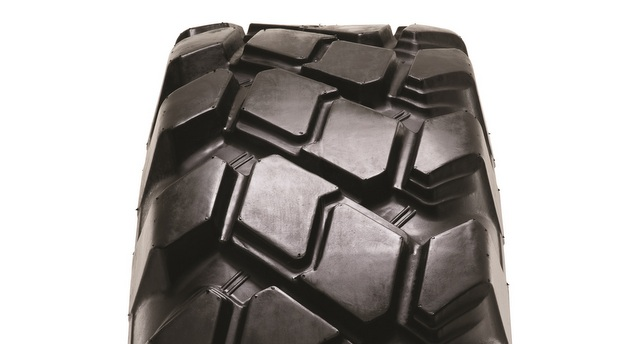 Camso Debuts Next Generation Telehandler Tires at The Rental Show