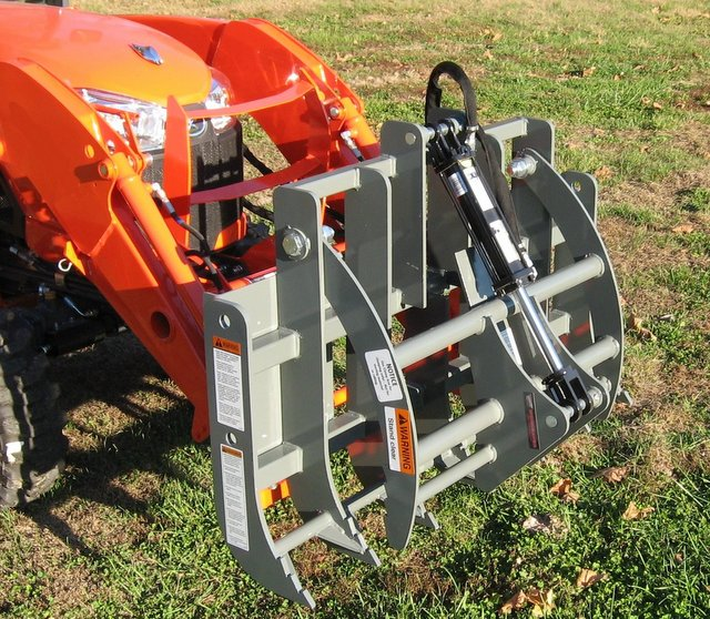 Check out this new sub-compact tractor mini grapple from Worksaver