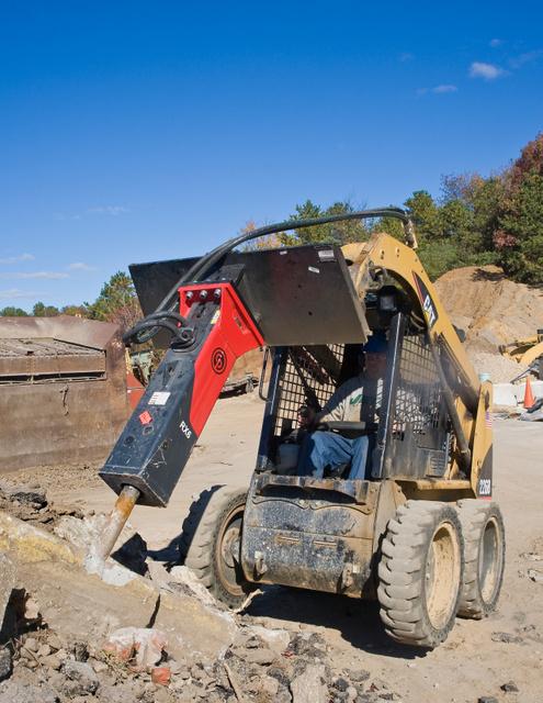 skid steer hammer breaker Chicago Pneumatic (cut 3)